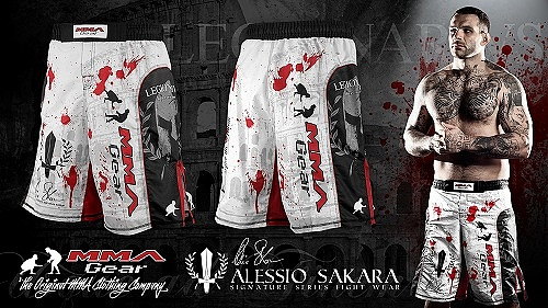 alessio-sakara-short-white