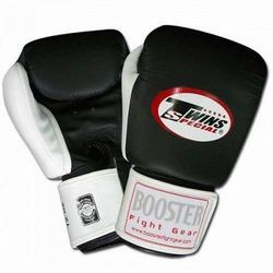 bg_5_black_and_white_glove