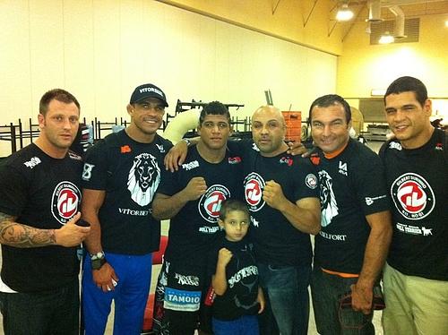 Girbert Durinho Burns MMA com vitor