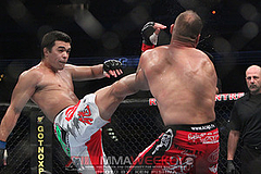 a4319_machida-v-couture-ufc-129_9780_large