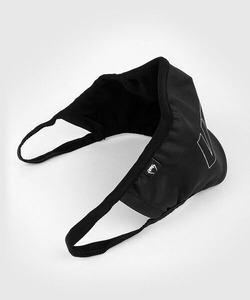 FACEMASK_CENTENDER_BLACK_WHITE_SD_04