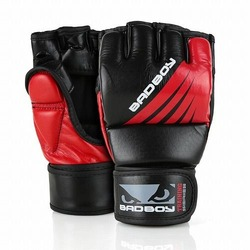 Training Series Impact MMA Gloves With Thumb blackred1