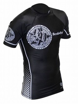 Elite Rash Guard black1