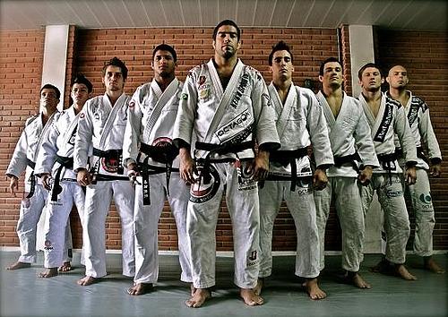 ブラジリアン柔術エリートチームATOSの黒帯の精鋭達