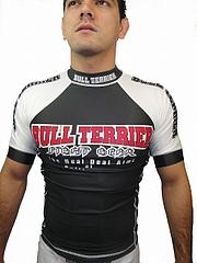 BULLTERRIER ラッシュガード コンペティション 半袖 黒/白