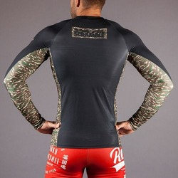 Scramble Camo Pocket Rashguard 2