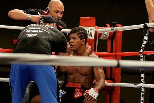 Girbert Durinho Burns MMA