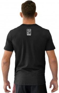 Camiseta Triangulo black2