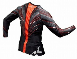 HYBRID performance rash guard 3
