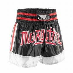 Kao_Loy_Muay_Thai_Shorts_blackredwhite1
