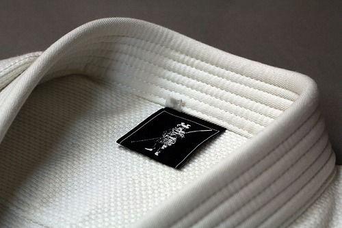 scramble-yamato-japan-gi-neck-detail