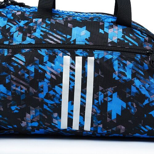 13adiACC058 - 2IN1 BAG - BLUE Camo - close up 06