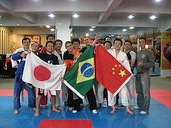 上海ブラジリアン柔術大会後集合写真