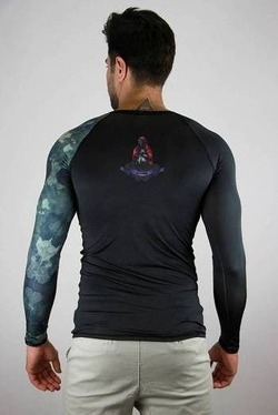 RASHGUARD Amy Glory masc blackcamo 3