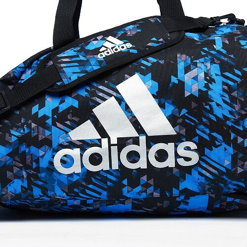 12adiACC058 - 2IN1 BAG - BLUE Camo - close up 01
