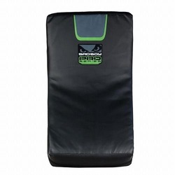 Pro Series 30 Curved Kick Pad green