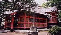 剱神社(霧島市) - 日本武尊が熊襲の様子を探った剱岩の山頂に奉斎、島津義久が再興