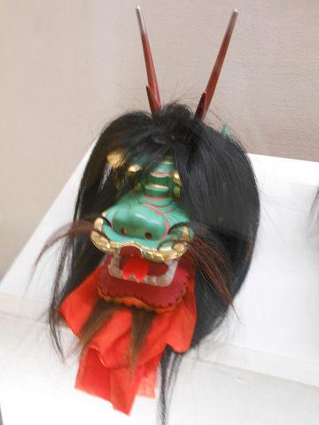 大原神職神楽ヤマタノオロチ面 - 約450年以前の神楽を継承、「トカゲ蛇」と呼ばれるその面【大古事記展】のキャプチャー