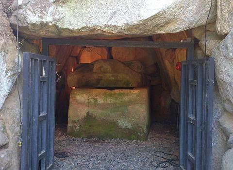 都塚古墳、史跡指定を受け整備する計画が浮上 ピラミッド復元に期待 - 奈良・明日香のキャプチャー