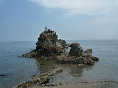 二見興玉神社の夫婦岩 - Wikipedia
