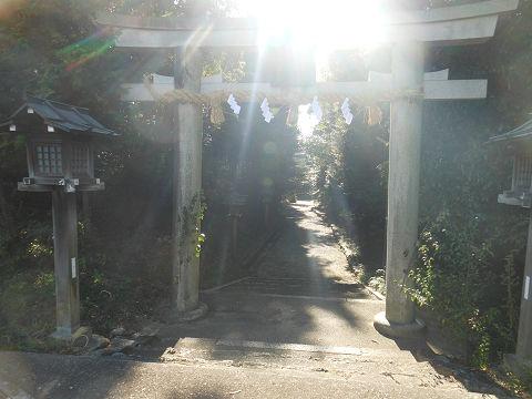 伊射奈岐神社 国道169号沿いの鳥居 - ぶっちゃけ古事記