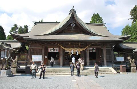 阿蘇神社で「田実祭」、神武天皇の二人の妻とそれらの子をまとめてみた - 熊本・阿蘇のキャプチャー