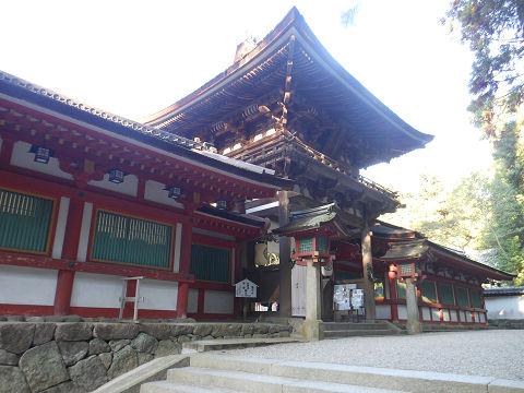 石上神宮の楼門(重要文化財)と回廊 - ぶっちゃけ古事記