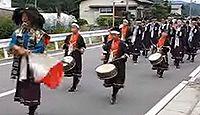 山国神社 - 平安遷都の際に和気清麻呂が祭主となり創建、10月例祭では山国隊の鼓笛行進