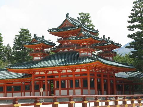 平安神宮の蒼龍楼 - Wikipedia