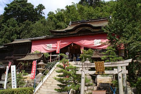 琵琶湖に浮かぶ竹生島に鎮座する都久夫須麻神社で2014年10月に液体被害があった - 滋賀県のキャプチャー
