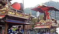 西奈弥羽黒神社 - 持統朝の創建、戦国時代に本庄繁長が出羽神社を勧請、村上大祭が有名
