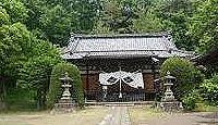 八幡神社(甲府市宮前町) - 武田信玄が定めた、国中の神主が交代で参籠した甲斐国総社