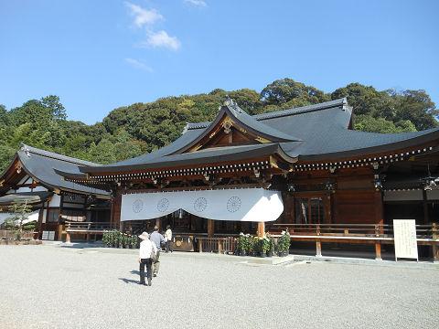 大神神社の祈祷殿 - ぶっちゃけ古事記