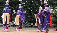 重要無形民俗文化財「小河内の鹿島踊」 - すべて女装姿の青年が踊る、近世以来の風流のキャプチャー