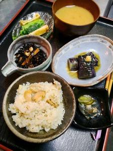 9月7日㈮蛤帆立の炊き込みご飯ー2