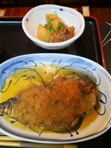 2月鯖のおろし煮、牛スジ大根