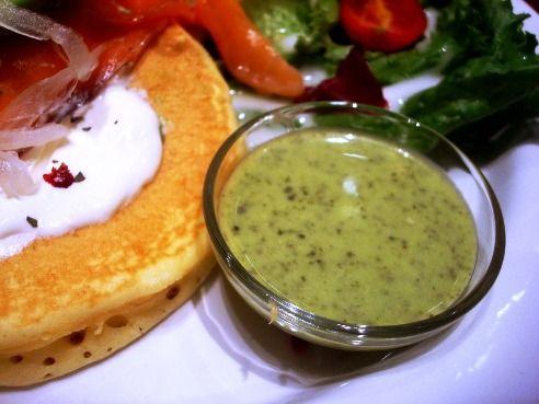 j.s.pancake cafe@中野-バジルソース