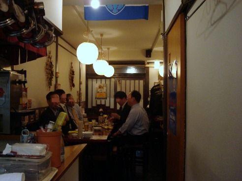 店内-葡萄酒場