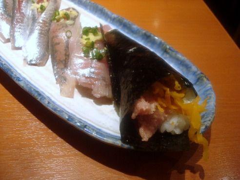 魚がし鮨@中野-トロたく巻き