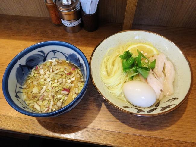 53suzuran03916