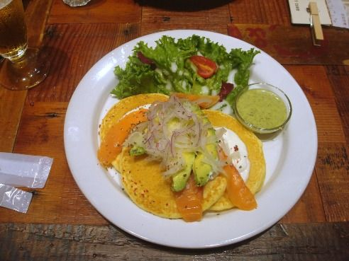 j.s.pancake cafe@中野-アボカドサーモン