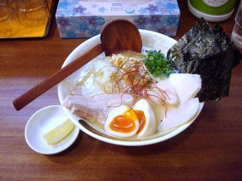 ようすけ@中野-特製濃厚鶏白湯らーめん