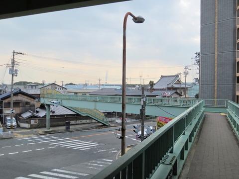 空港線歩道橋