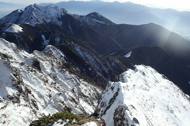 s-P1071777中央稜のリッジと権現岳・編み笠