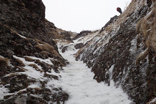 s-P1081995南稜P3の岩溝ルート