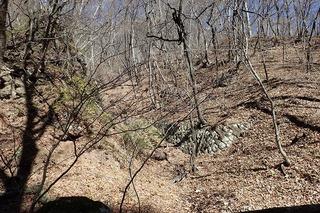 s-PB121608右岸・左岸に石積みの跡