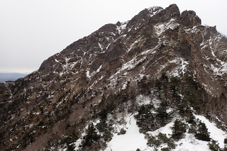 s-P1082032南稜上部と広河原沢上部