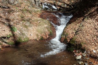 s-PB1215953mトイ状滝