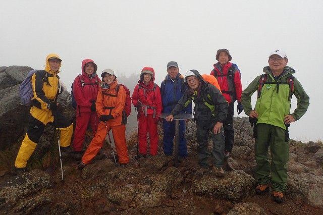 P9022726赤岳北峰山頂-s