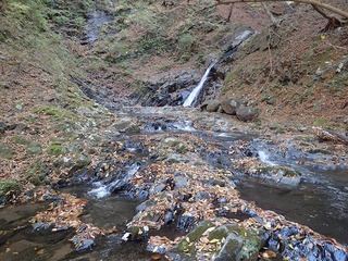 s-PB061303 8mの滝